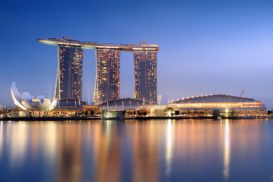 1024px-Marina_Bay_Sands_in_the_evening_-_20101120-273x182.jpg